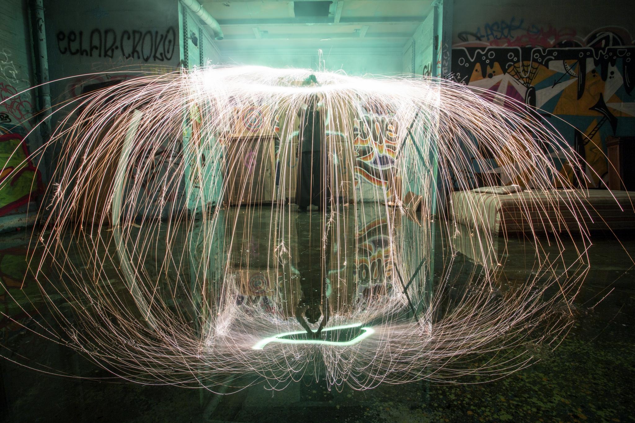manu, Ma Nu,Ma Nu le jongleur, arès,ares,jongleur bassin d'arcachon,jongleur andernos, julie bruhier, jongleur, jonglerie, spectacle bassin d'arcachon,artiste du bassin d'arcachon, photos feu