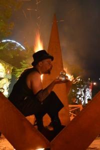 manu, Manu le jongleur,manu le jongleur, bassin d'arcachon,jongleur feu du bassin,spectacle de rue, spectacle de festival, artiste de rue